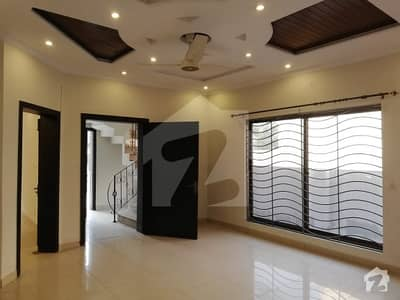 10 Marla 5 Bed Double Unit Old But Well Maintained House Near To Masjid  Market In Bahria Ph 2