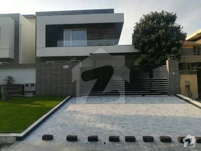 Brand new triple story house available for rent