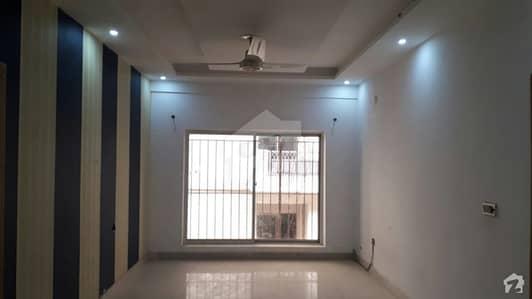 ملٹی ریزیڈنشیا اینڈ آرچرڈز اسلام آباد میں 1 مرلہ Studio فلیٹ 18.06 لاکھ میں برائے فروخت۔