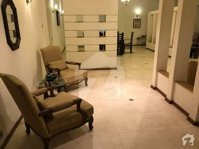 TOP FLOOR LUXURY APARTMENT MAIN CANTT TUFAIL ROAD MALL OF LAHOREAVAILABLE FOR SALE