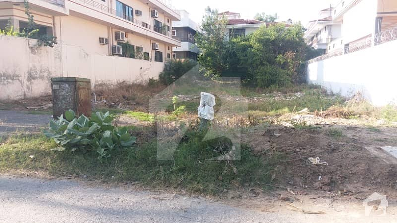 F-11 Beautifully Location Plot Is Available For Sale On Investor Price