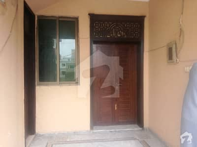 pakistan town phase 1   5 marla ground portion is available for rent