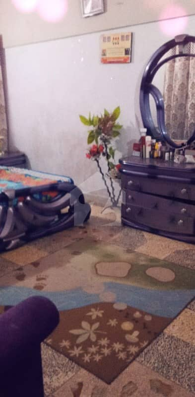 عائشہ منزل کراچی میں 2 کمروں کا 4 مرلہ فلیٹ 55 لاکھ میں برائے فروخت۔