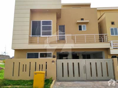 AMAZING 7MARLA BRAND NEW HOUSE FOR SALE