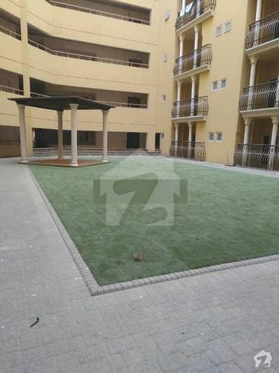 کلفٹن کراچی میں 3 کمروں کا 9 مرلہ فلیٹ 75 ہزار میں کرایہ پر دستیاب ہے۔