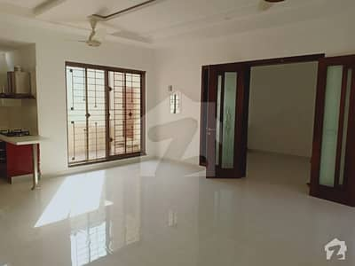 1 Kanal Upper Portion Lower Lock For Rent in DHA Phase 3 XX Lahore