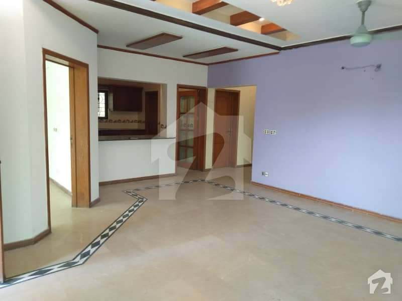 Defence  One Kanal Upper Portion For Rent In Dha Phase 4