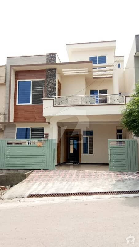 Brand new 7Marla Double Storey luxury lush house for sale in CBR town Islamabad