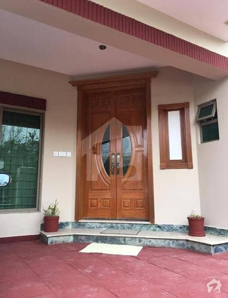 F10  600 Sq Yd Excellent Double Storey House With Basement For Sale