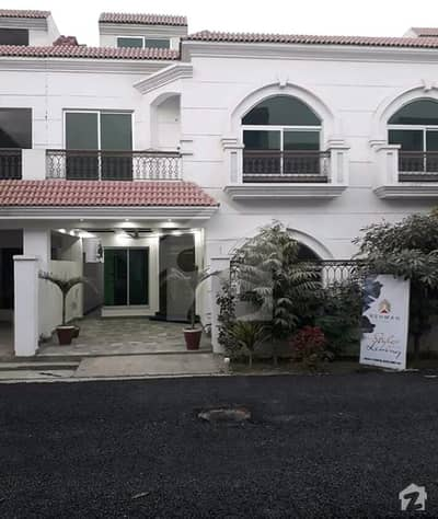 5 BRAND NEW HOUSE FOR SALE IN SPANISH STAYLE