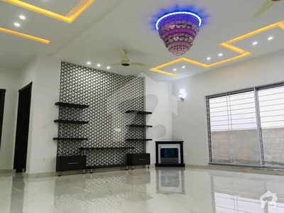 20 Marla brand new lavish House available for sale in formanits housing scheme