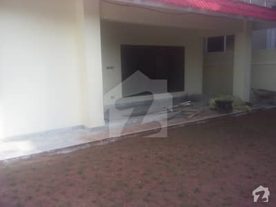 F10 SIZE 555 MARBLE FLOORING HOUSE 5BEDS  RENT2lac30thousand