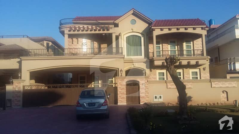 F111 666Sqyd 9Bed Room New House For Sale