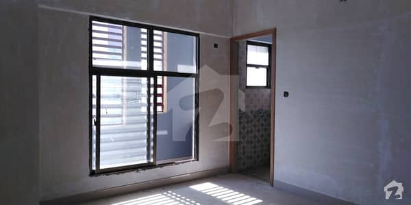 Brand New West Open 3rd Floor Flat Is Available For Sale In Ayesha Manzil Shahrah-E-Pakistan