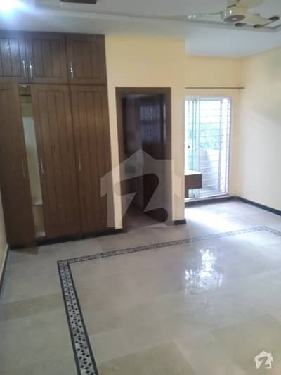 7 Marla Brand New Beautiful House For Rent !