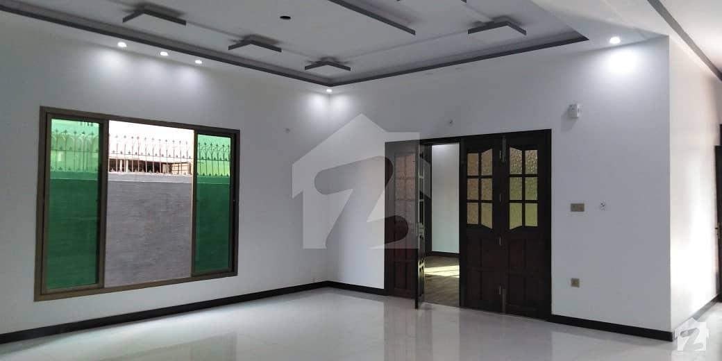 گلشنِ معمار - سیکٹر ایکس گلشنِ معمار گداپ ٹاؤن کراچی میں 6 کمروں کا 16 مرلہ مکان 3.6 کروڑ میں برائے فروخت۔