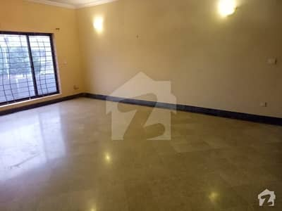 1 KANAL UPPER PORTION FOR RENT AT PRIME LOCATION