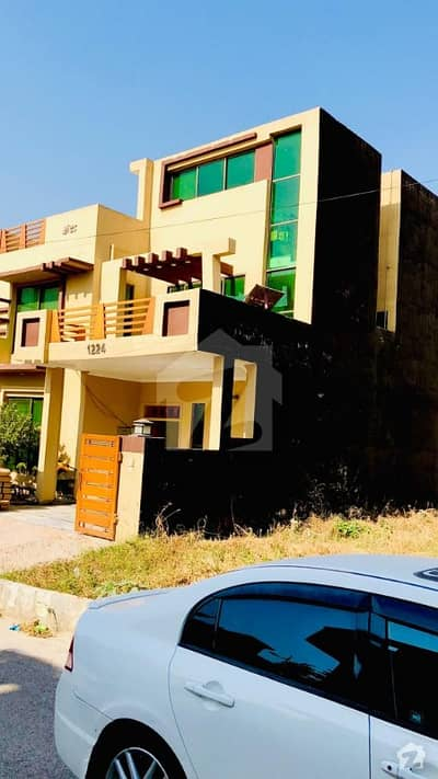 6 Month Used Double Unit House For Sale In B17 Block B Islamabad Street No 54