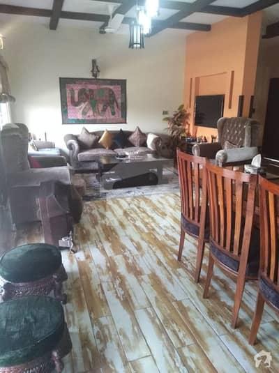 11 Marla Corner Triple Storey Single Unit House For Sale