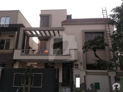 10 Marla like a Brand new House For Rent in Bahria town Lahore