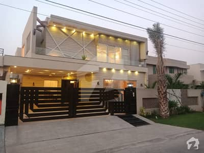 Phase 4 AC Attach One Kanal Brand New Lavish Bungalow For Rent At DHA