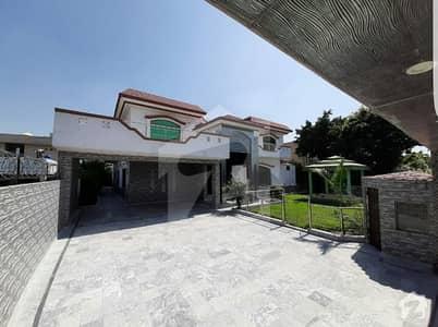 2kanal house very reasonable price