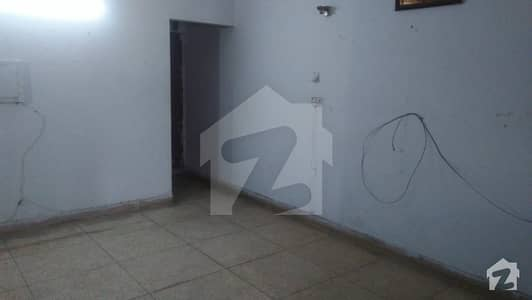 FLAT AVAILABLE FOR RENT IN KARIM BLOCK