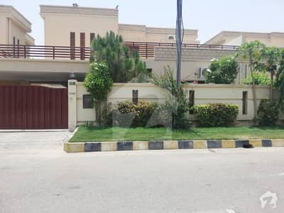 350 Sq Yards SD House For Rent