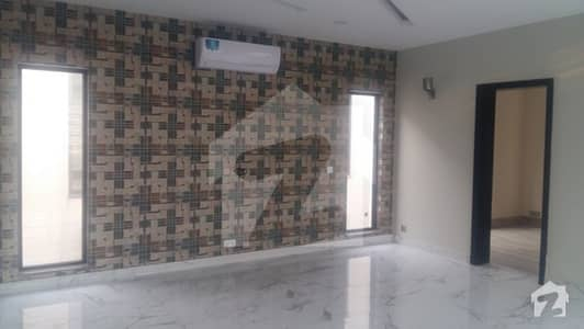 Kanal beautiful  bungalow  for Rent in DHA Phase  7 R  block