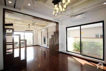 1 Kanal FULL HOUSE BRAND NEW with AC and CCTV Camera for Rent in Phase 6