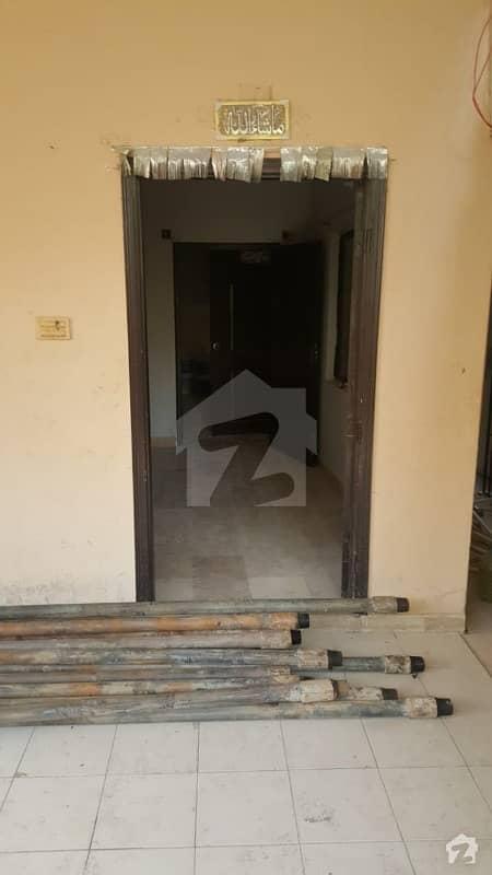 نارتھ کراچی ۔ سیکٹر 11اے نارتھ کراچی کراچی میں 3 کمروں کا 10 مرلہ زیریں پورشن 36 ہزار میں کرایہ پر دستیاب ہے۔