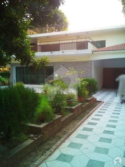 3 kanal beautiful house for rent in islamabad G-6 main ambassy road