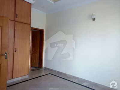 ابدالینزکوآپریٹو ہاؤسنگ سوسائٹی لاہور میں 3 کمروں کا 1 کنال بالائی پورشن 55 ہزار میں کرایہ پر دستیاب ہے۔