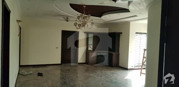 Hot Location 10 Marla Full House For Rent At Phase 4