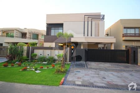 One Kanal Brand New DOUBLE HEIGHT LOBBY DESIGNER HOUSE NEAR PARK MAI MARKET AND MOSQUE