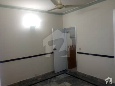 700 sqft Apartment Available For Rent