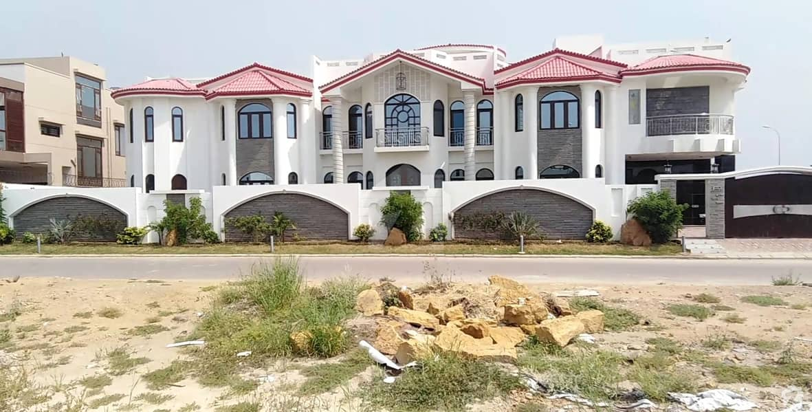 Lavish Design 1000 Sq Yards Artistic Brand New Villa For Sale