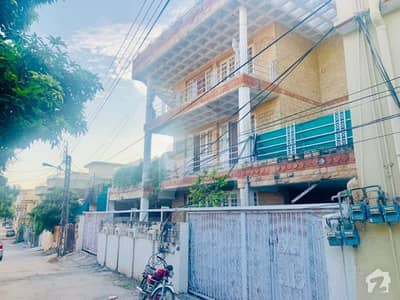 Over 1 Kanal 2 Houses With 5 Flats For Sale