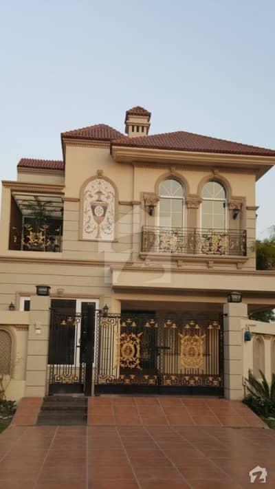 Mustafa town luxury 10 marla Spanish  house for sale