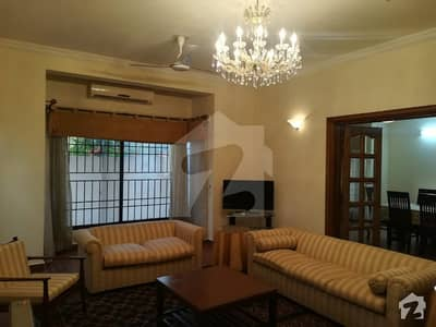 Property Connect Offers 1 Kanal Beautiful 3 Bedrooms Fully Furnished House Available For Rent In F-7 Islamabad