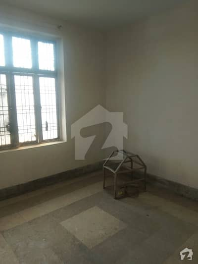 3 rooms , 2 bath , kitchen demand 17000
