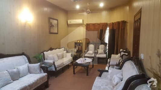 8 marla house for sell in johar town