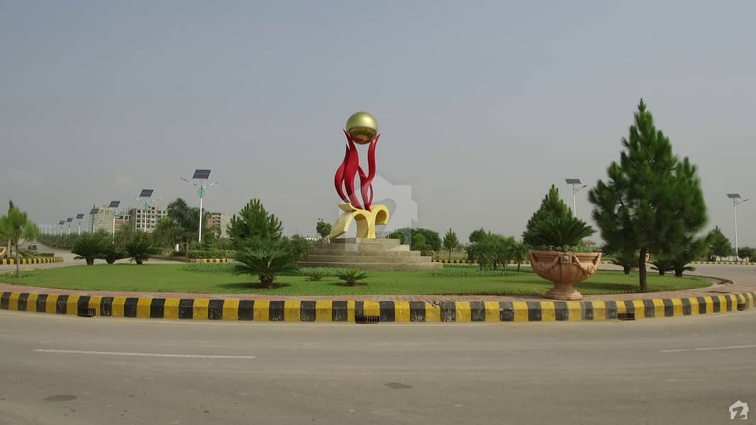 10 Kanal Farm House Plot Is Available For Sale In Gulberg