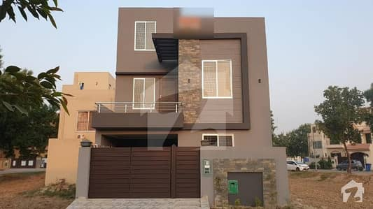 Brand new beautiful double unit house for sale in Bahria Nasheman Lahore