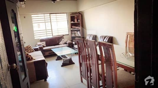Beautiful flat up for rent
