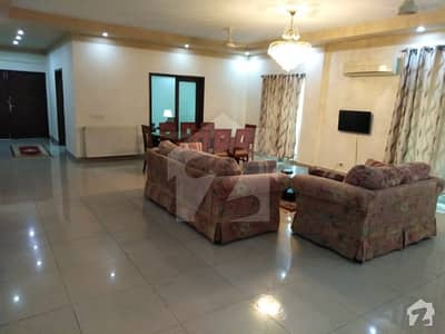 Luxury Furnished Apartment Available For Rent