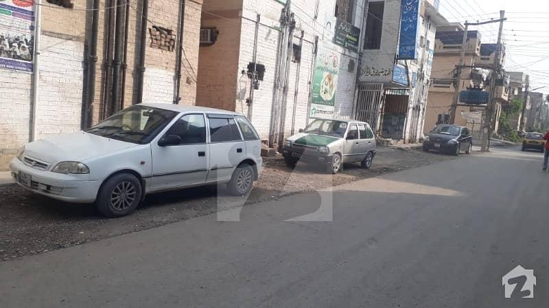 peshawar hayat abad phase 6 sector F8 near bangish market masque 5mrla upar parshan for rent