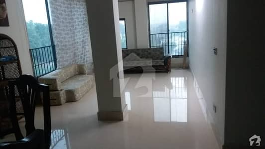 Good Location Flat Available For Sale