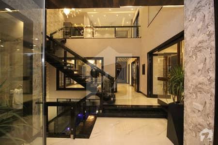 Kanal Brand New Elegant Dream Villa