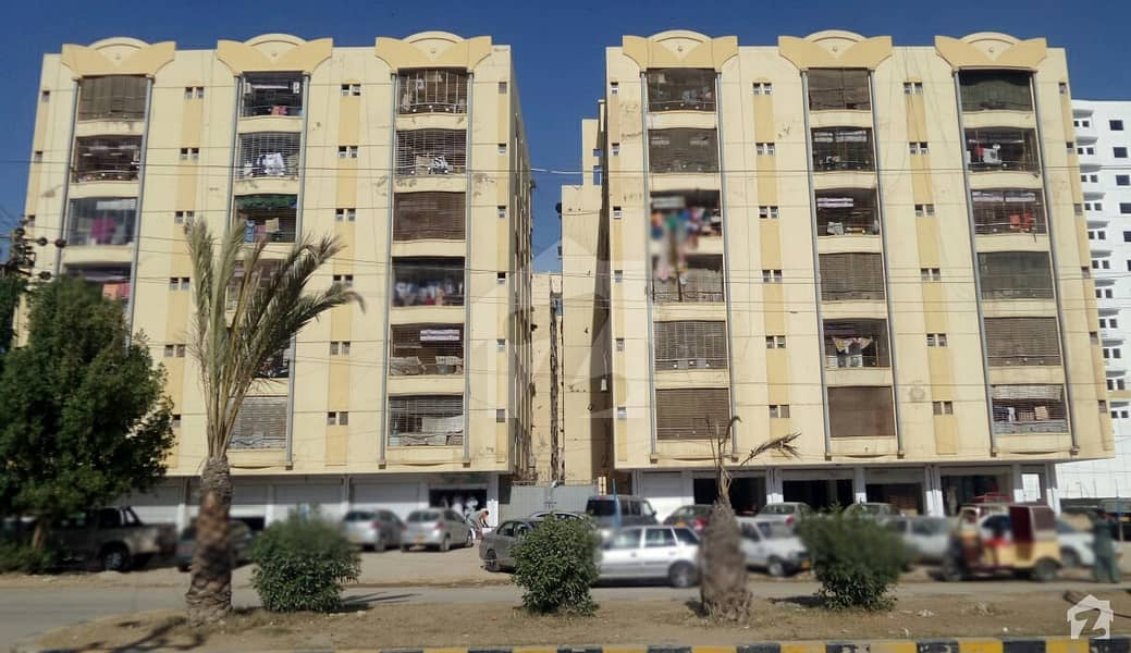 Al Khizra Apartment 6th Floor Road Facing Flat Available For Sale In Good Location